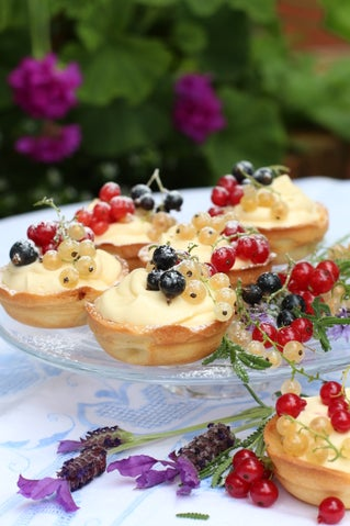 White Chocolate  and Fresh Currant Cheesecakes
