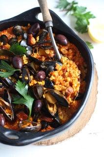 Mussel and chorizo paella