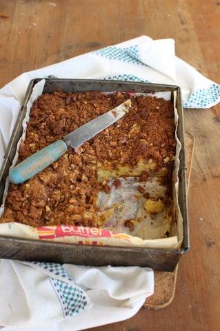 Rachel's Amish Apple Cake
