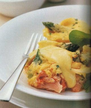 Hot Smoked Salmon Pasta With Bearnaise Sauce