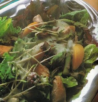 Warm Roast Chicken And Peach Salad With A Roasted Garlic & Yoghurt Dressing