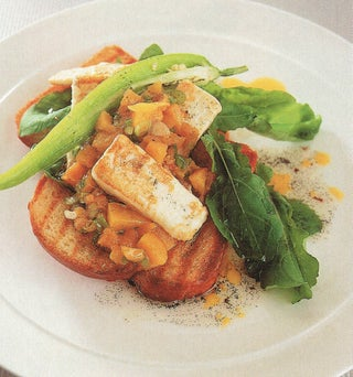 Grilled Vanilla And Peach Goat's Cheese Salad