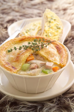 Chicken And Ham Hot Pots With Rich Cheese Pastry