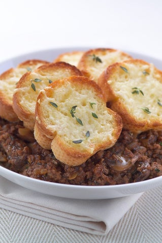 Beef Carbonade With French Bread Topping