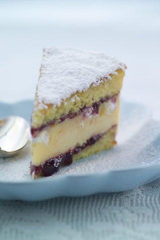 Lemon Meringue Ice Cream Trifle