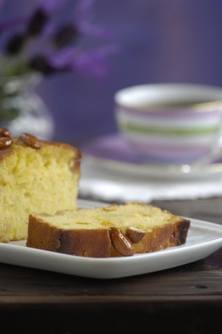 Citrus And Almond Cake