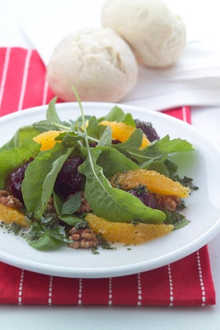 Beetroot And Rocket Salad With Mint Dressing
