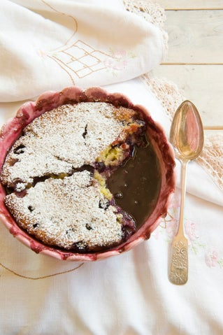 Self-saucing Blueberry Pudding