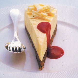 White Chocolate Cheesecake With Raspberry Couli