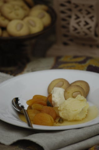 Saffron And Spice Poached Dried Apricots