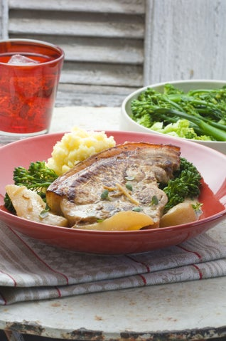 Baked Pork Chops With Pears And Ginger