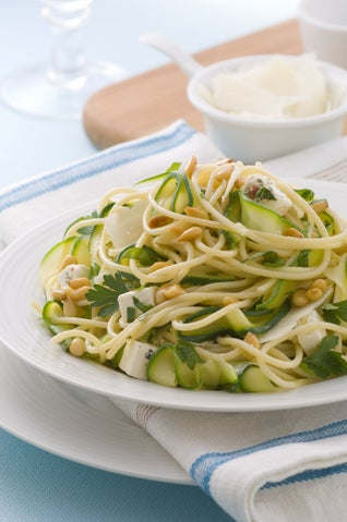 Pasta with courgettes and pine nuts