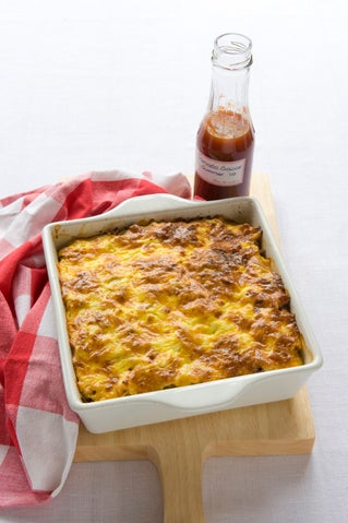 Cottage beef and pasta bake