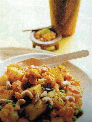 Easy potato and cauliflower curry