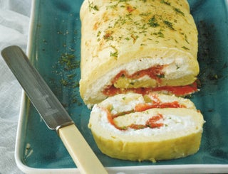Smoked salmon roulade with lemon and dill sauce