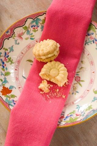 Persian rice cookies