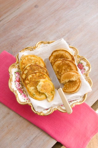 Ricotta and herb pikelets