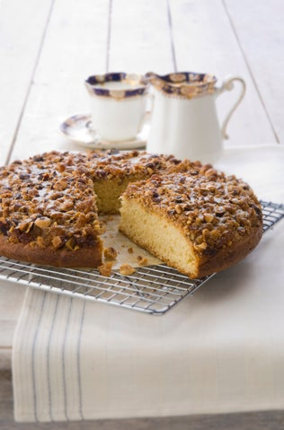 Hazelnut coffee cake