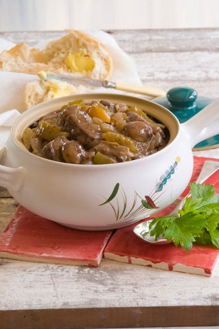 Beef with chestnuts and currants