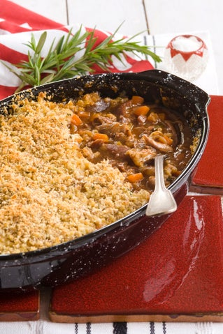 Lamb shanks with savoury crumble