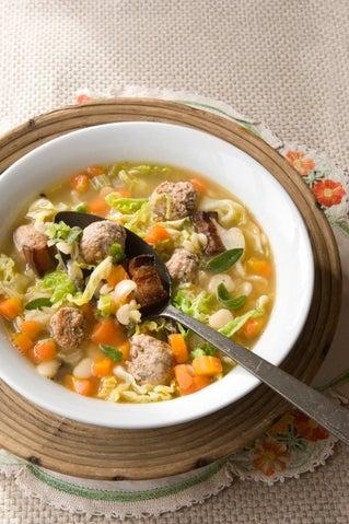 Italian pork meatball and bean hot pot