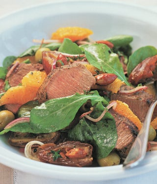 Salad of za'atar grilled lamb with dates and oranges