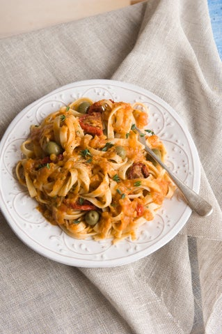 Red lentil pasta sauce