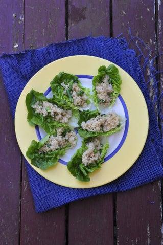 Stir-fried rice on cos lettuce