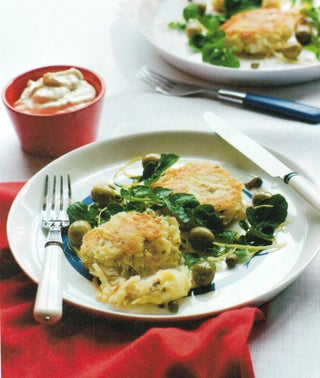 Lemon and tarragon fish cakes with seafood herb blend