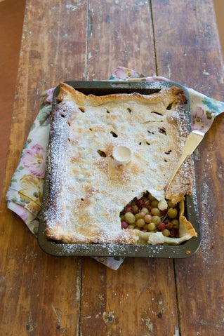 Bush Gully boy's gooseberry pie