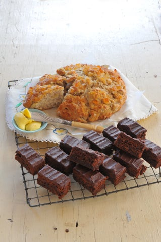 Feijoa and ginger scones