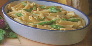 Pasta with blue brie and summer green beans