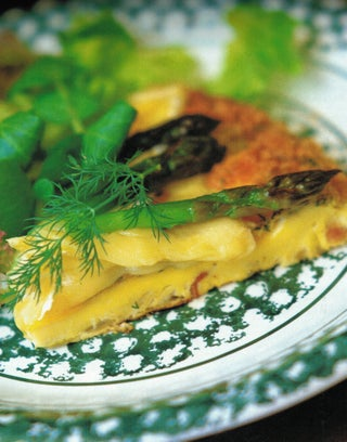 Asparagus and dill frittata with brie