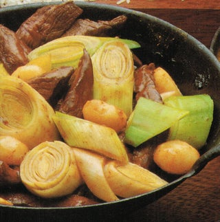 Beef with leek and chestnuts and hunan peanut sauce