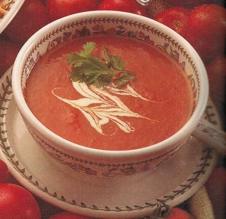 Sweet tomato and carrot soup