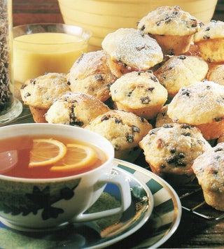 Lemonade and chocolate chip muffins