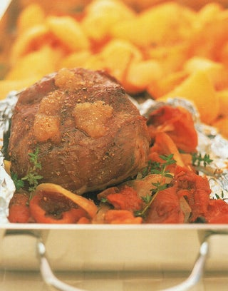 Apricot and thyme roast lamb