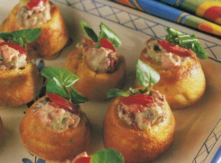 Mini Yorkshires with rare roast beef