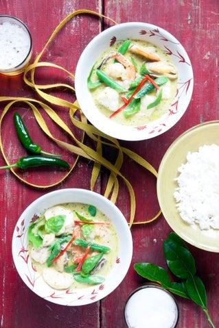 Speedy Thai seafood curry