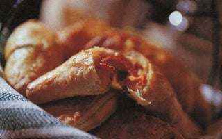 Spicy pork and saffron empanadillas
