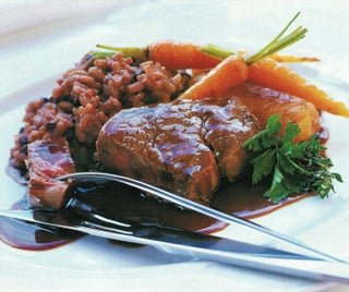 Beef fillet with currant risotto and thyme beef jus