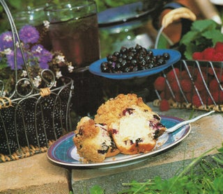 Basic berry muffin