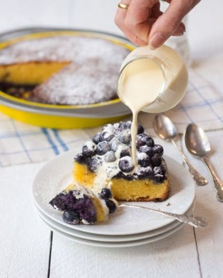 Upside-down blueberry and almond cake