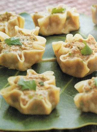 Steamed Hot And Sour Pork Dumplings