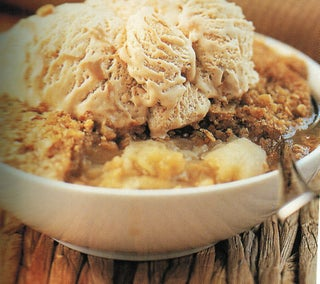 Ginger Apple Crumble
