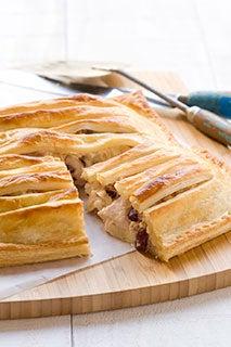 Chicken & cranberry pie