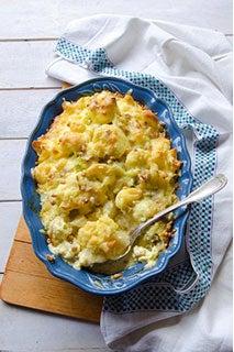 Cheesy Cauliflower And Pasta Au Gratin